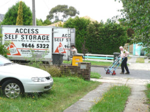 Access self-storage van at Mervin Binns 6-Dec-10